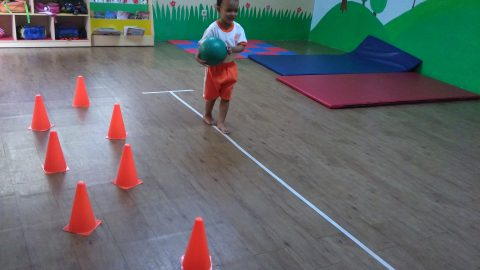 """TK A 2 """"Walking on straight line while holding a ball"""""""